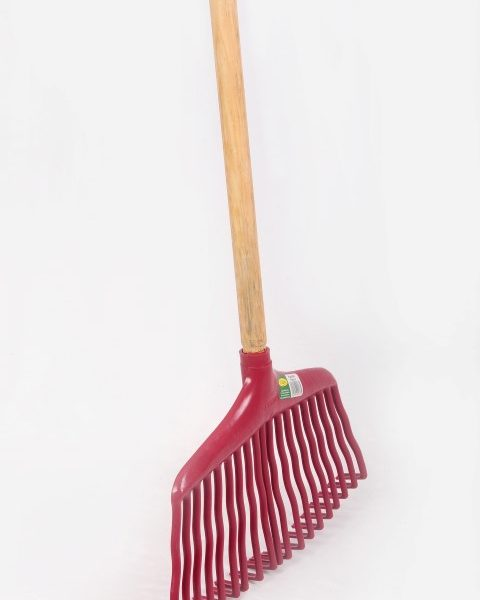 11-garden-rake-480x600